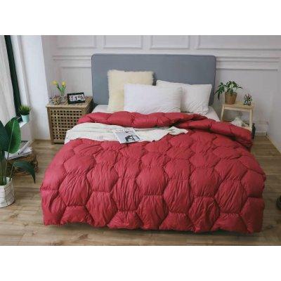 Одеяло зима ткань Микрофибра наполнитель Холлофайбер - Соты - 145х210 (красное)