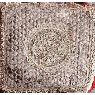 Стильная наволочка на подушку (50х50 см) - Гипюр 3