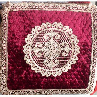 Стильная наволочка на подушку (50х50 см) - Гипюр 2